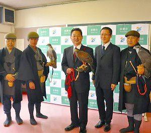 Togakushi village Suwa Ryu falconry practitioners